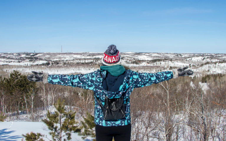 Lindsay Looking Out Over One of the Lookouts in Kivi Park :: I've Been Bit! Travel Blog