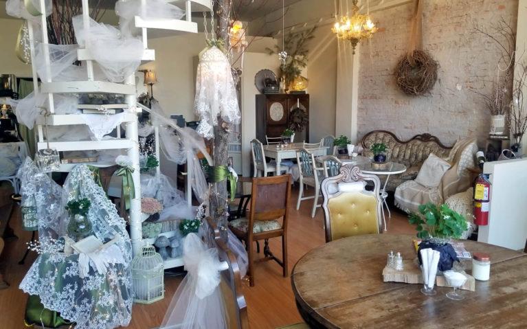The Cedar Nest Cafe in Sudbury, Ontario :: I've Been Bit! Travel Blog