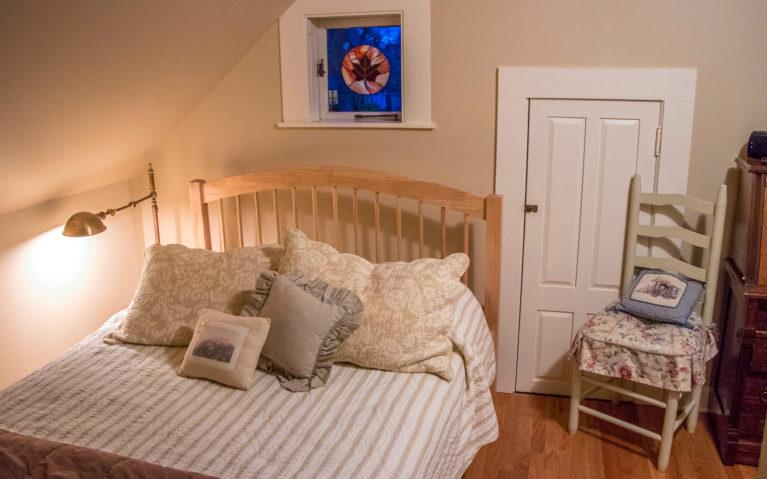 View of the Bed inside the Haydenville Room :: I've Been Bit! Travel Blog