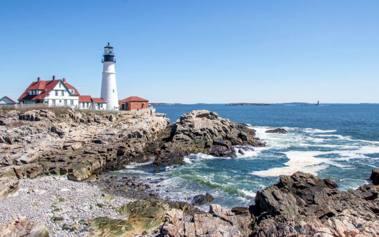 View Along the Shore of the Portland Head Lighthouse in Cape Elizabeth :: I've Been Bit! Travel Blog