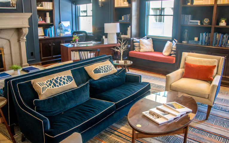 One of the Common Areas with Plenty of Seating at the Portland Harbor Hotel :: I've Been Bit! Travel Blog