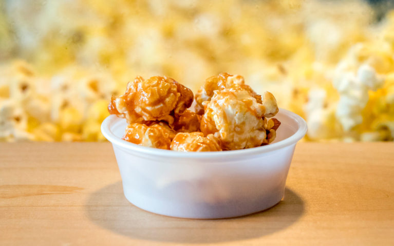 Maple Popcorn In Front of Popcorn Maker at Original Kettlecorn & Gourmet Popcorn :: I've Been Bit! Travel Blog