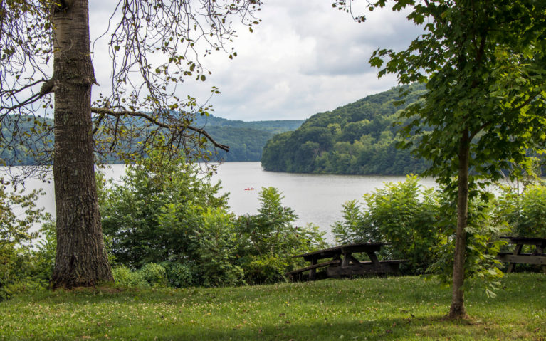 Views of Lake Arthur in Moraine State Park, Butler County PA :: I've Been Bit! Travel Blog