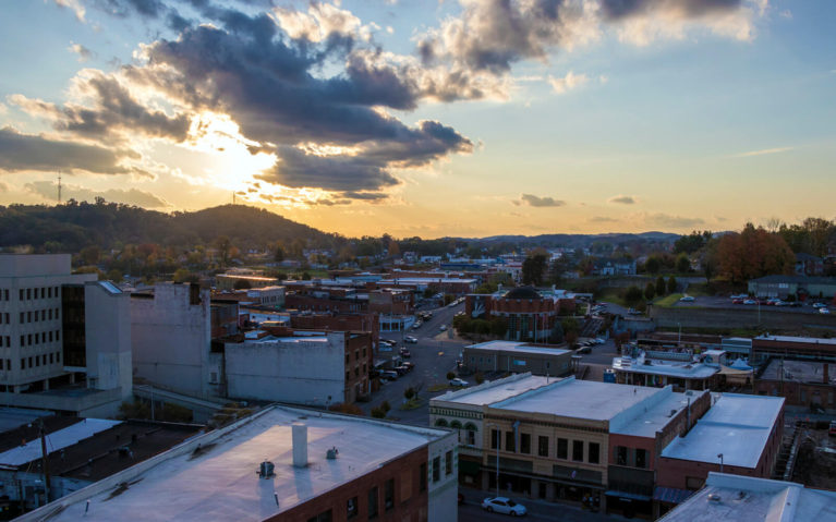 View from the Bristol Hotel's Rooftop Patio at Sunset :: I've Been Bit! Travel Blog