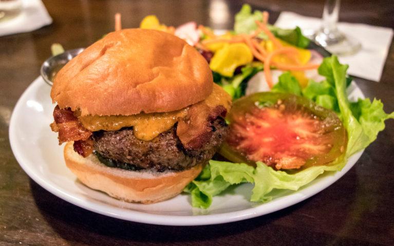 Special Burger at the Harvest Table Restaurant :: I've Been Bit! Travel Blog