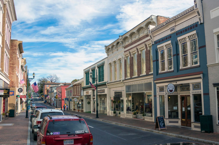 One of the Streets in Staunton :: I've Been Bit! Travel Blog