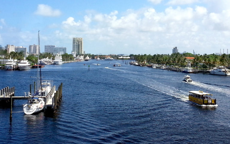 Boats in the Water in Fort Lauderdale :: I've Been Bit! Travel Blog