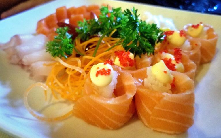 Salmon Rose Sushi at Kinkaku Izakaya in Downtown Kitchener :: I've Been Bit! Travel Blog