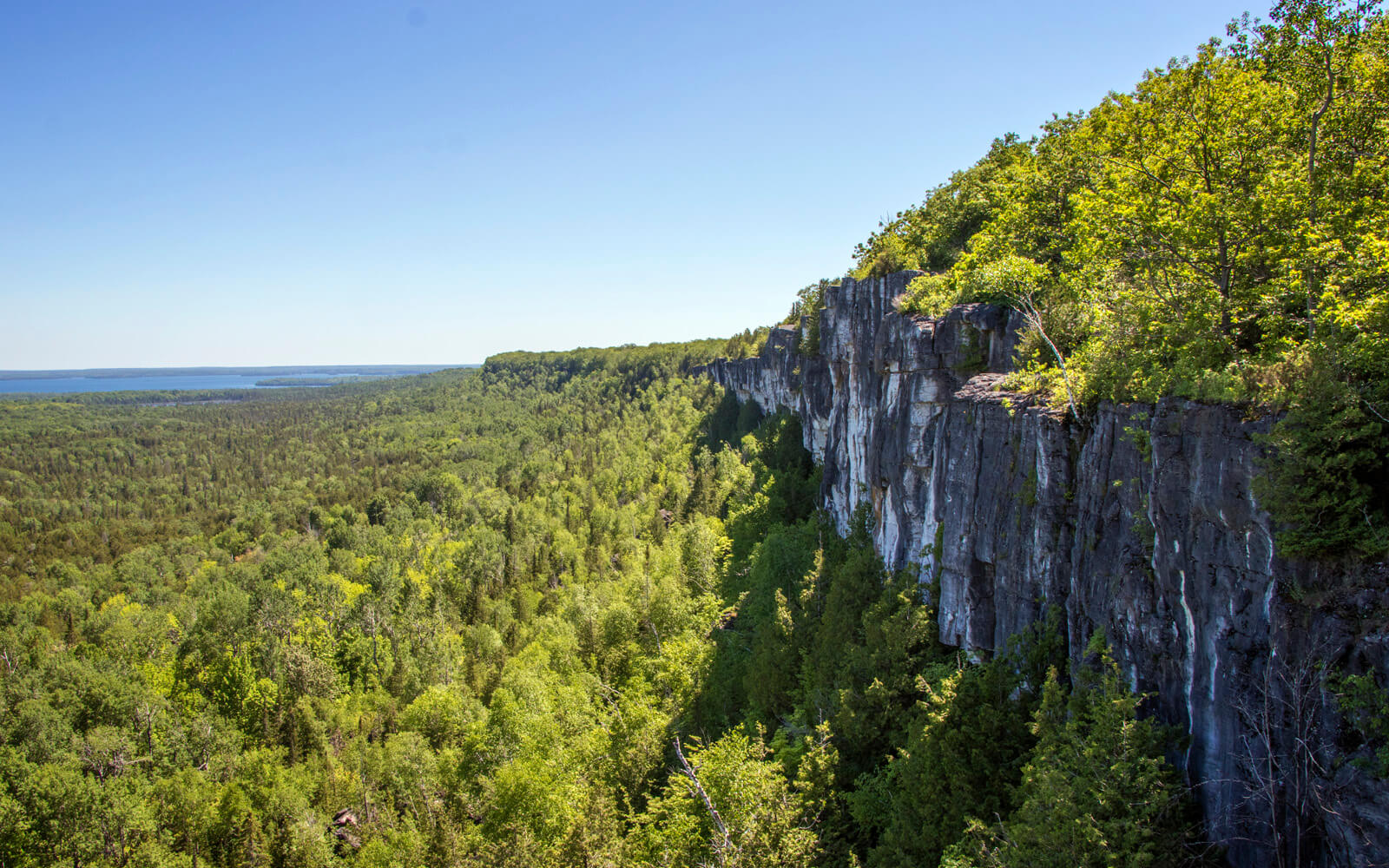 Views from the Cup and Saucer Trail on Manitoulin Island :: I've Been Bit! Travel Blog