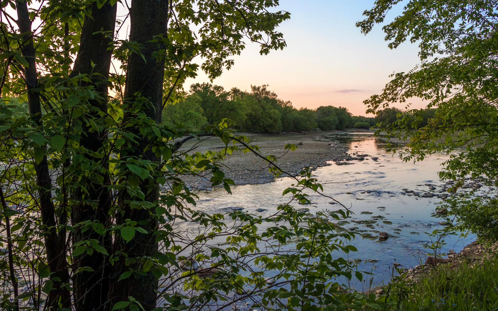 Sunset Over the Thames River in Perth County :: I've Been Bit! Travel Blog