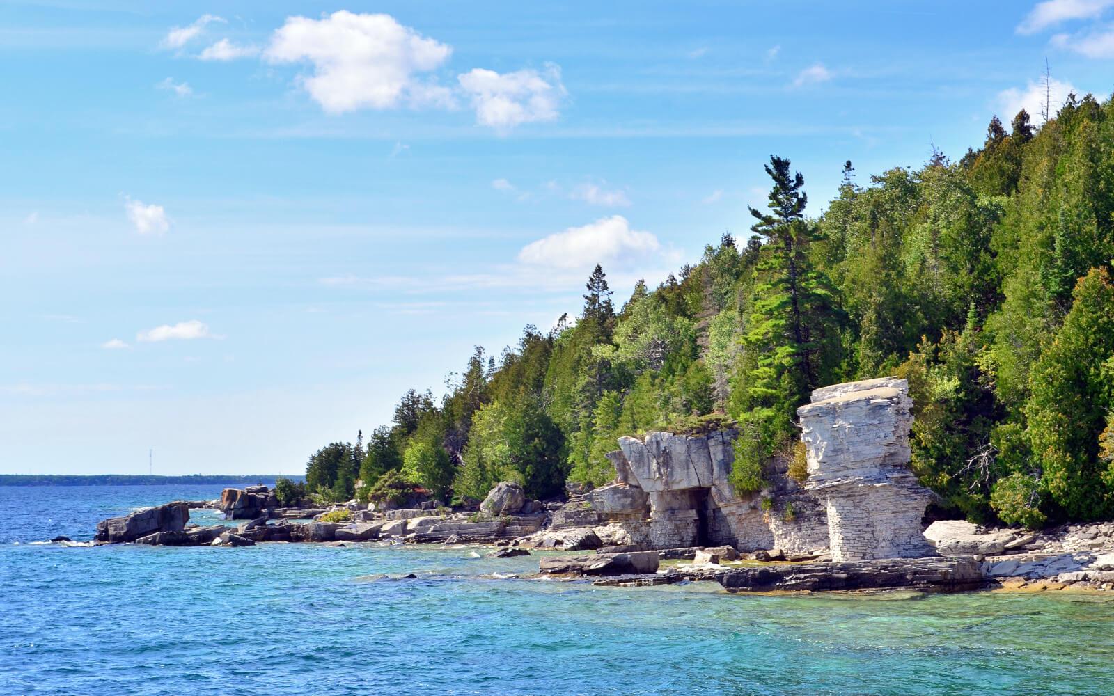 View of Flowerpot Island from Georgian Bay :: I've Been Bit! Travel Blog