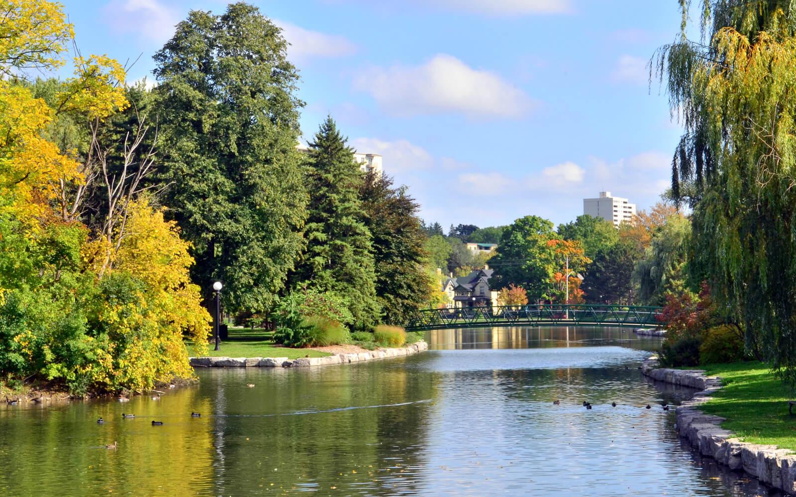 Kitchener's Victoria Park in Autumn :: I've Been Bit! Travel Blog
