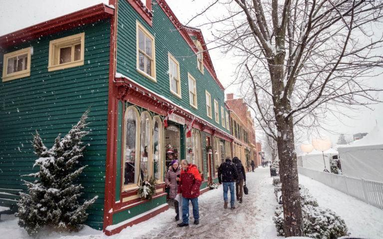 Winter Views of Niagara-on-the-Lake :: I've Been Bit! Travel Blog