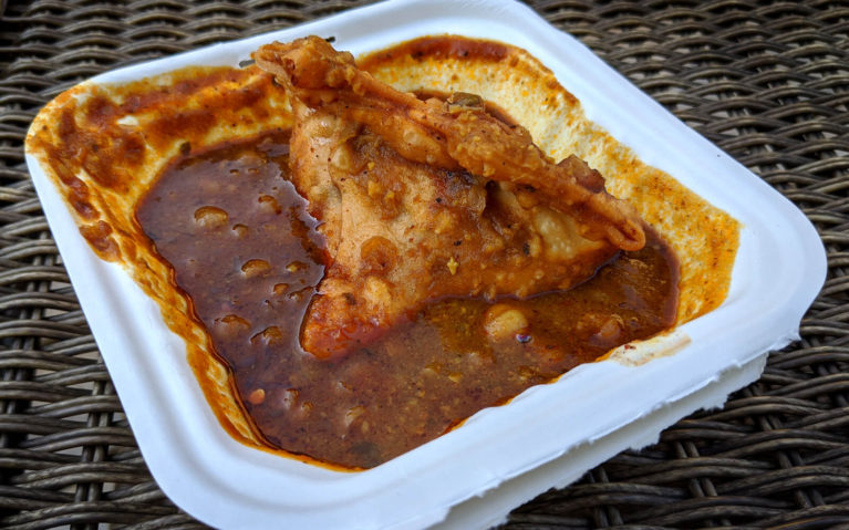 Samosa and Chana Masala from Jashan-e-Dawat Food Truck :: I've Been Bit! Travel Blog