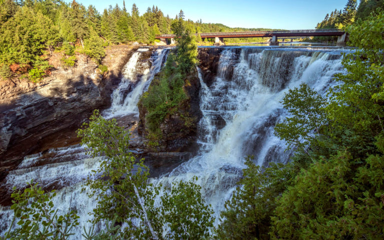 Kakabeka Falls, the Mecca of All Thunder Bay Waterfalls! :: I've Been Bit! Travel Blog