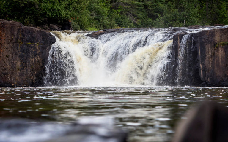 Middle Falls in Pigeon River Provincial Park :: I've Been Bit! Travel Blog