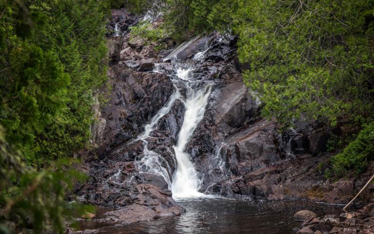 Rainbow Falls Provincial Park :: I've Been Bit! Travel Blog