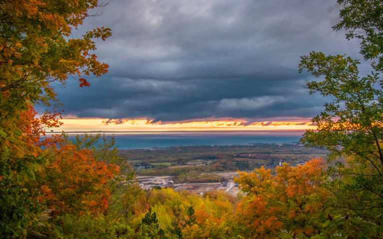 Views of South Georgian Bay from the Blue Mountain Lookout in Fall at Sunrise :: I've Been Bit! Travel Blog