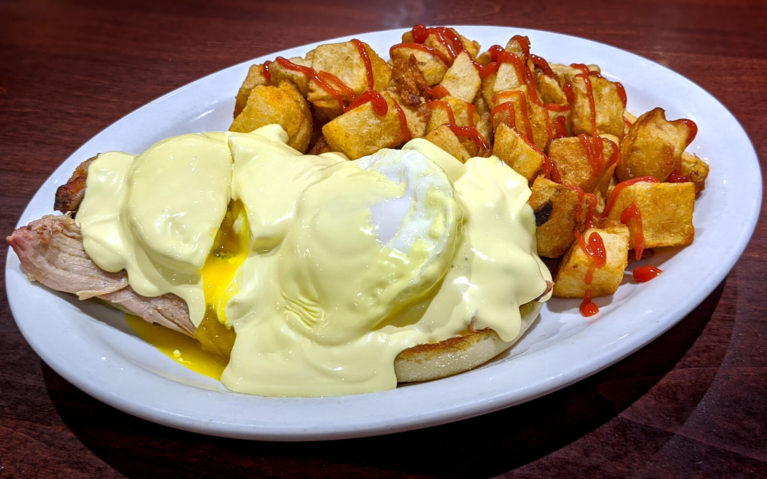 Pulled Pork Eggs Benedict from Olympia :: I've Been Bit! Travel Blog