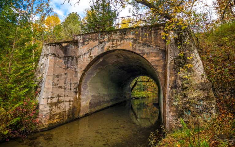 Old Railway Bridge in the Orono Crown Lands :: I've Been Bit! Travel Blog