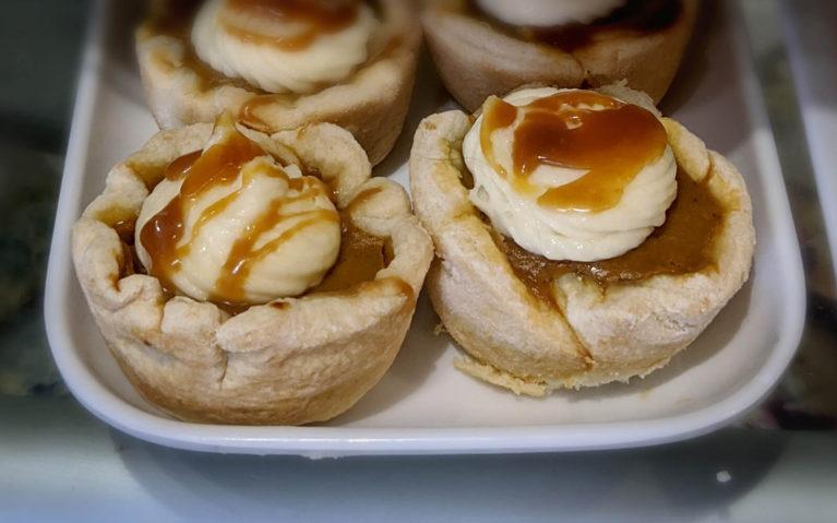 Caramel Pumpkin Tarts from the Toasted Walnut :: I've Been Bit! Travel Blog