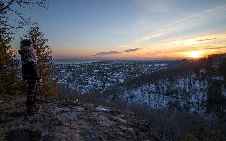 Lindsay Winter Hiking at Sunrise :: I've Been Bit! Travel Blog