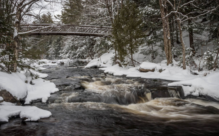 View of Stubbs Falls in Arrowhead Provincial Park in Winter :: I've Been Bit! Travel Blog