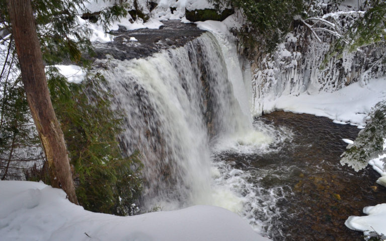 Flesherton's Hoggs Falls in Winter :: I've Been Bit! Travel Blog