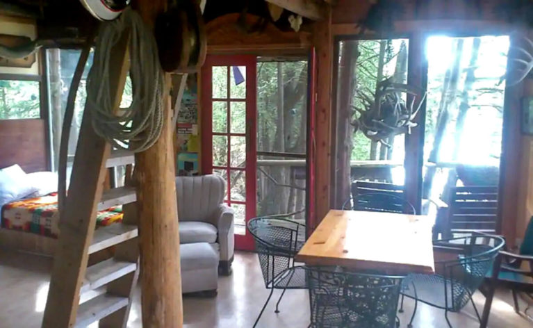 Interior Shot of the Lanark County Treehouse - Image from Airbnb :: I've Been Bit! Travel Blog