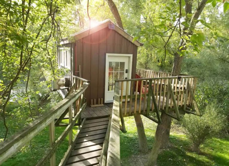 Image of Sydenham River Treehouse From a Bridge - Taken from Airbnb :: I've Been Bit! Travel Blog