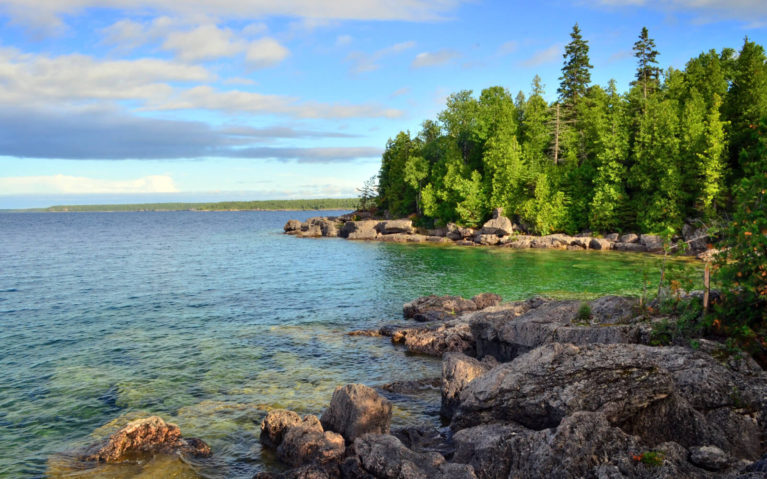 Crystal Clear Waters of Georgian Bay from Fathom Five National Marine Park :: I've Been Bit! Travel Blog