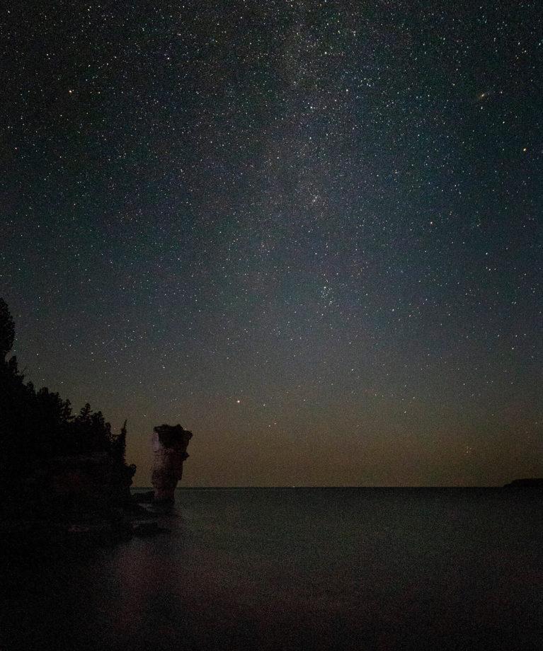 The Big Flowerpot With a Starry Sky :: I've Been Bit! Travel Blog