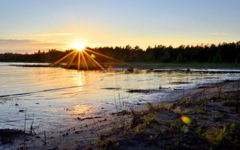 Summer Sunset Over Singing Sands Near Tobermory :: I've Been Bit! Travel Blog