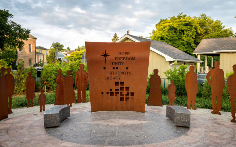 Voices of Freedom Memorial in Niagara-on-the-Lake :: I've Been Bit! Travel Blog