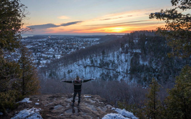 Sunrise Over the Grimsby Lookout at Beamer Memorial Conservation Area :: I've Been Bit! Travel Blog