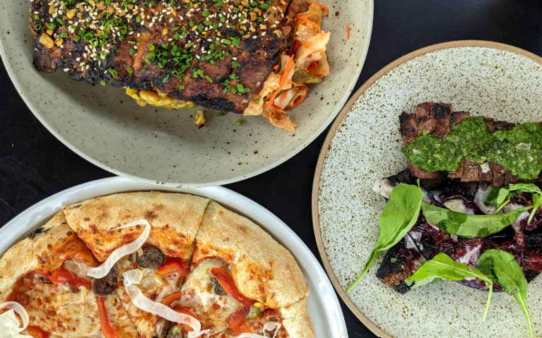Ribs, Steak and Pizza from Braai House in Stratford :: I've Been Bit! Travel Blog