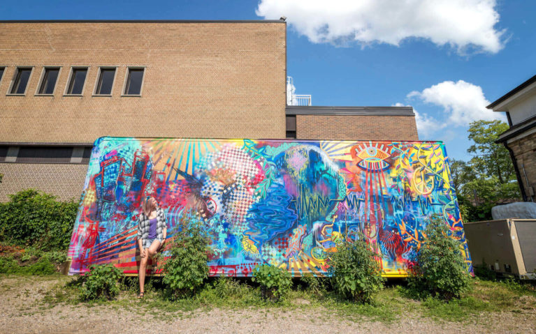 One of the Murals You'll Find in Stratford Ontario :: I've Been Bit! Travel Blog