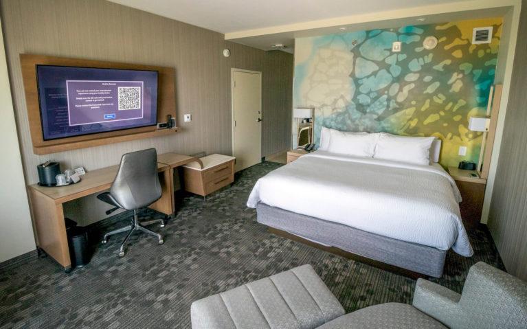 My Room at the Courtyard by Marriott Burlington/Oakville :: I've Been Bit! Travel Blog