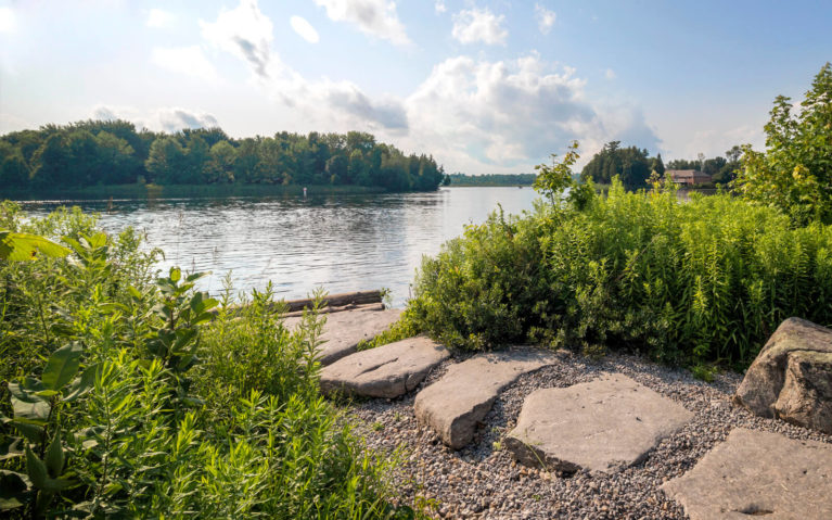 Views of Lake Katchewanooka from Isabel Morris Park in Lakefield :: I've Been Bit! Travel Blog