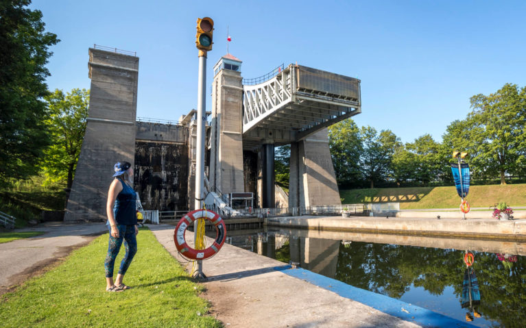 Lindsay Standing with the Hydraulic Lift Lock 21 :: I've Been Bit! Travel Blog