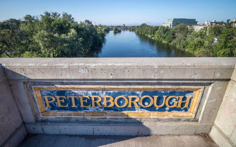 Views of the Otonabee River from the Hunter Street Bridge in Peterborough :: I've Been Bit! Travel Blog